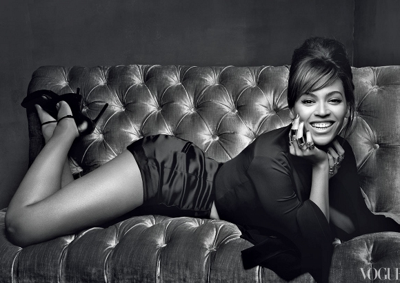 Beyonce-March-2013-US-Vogue81-580x411