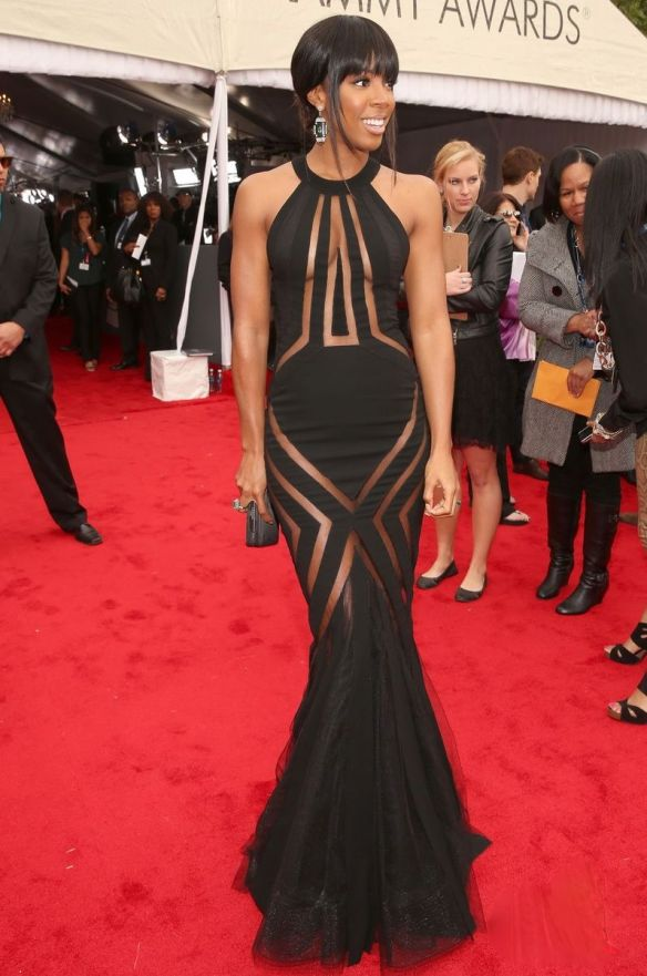 Kelly-Rowland-in-Georges-Chakra-at-Grammy-Awards-2013